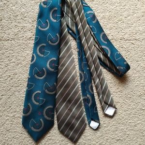 Bundle of two Christian Dior ties